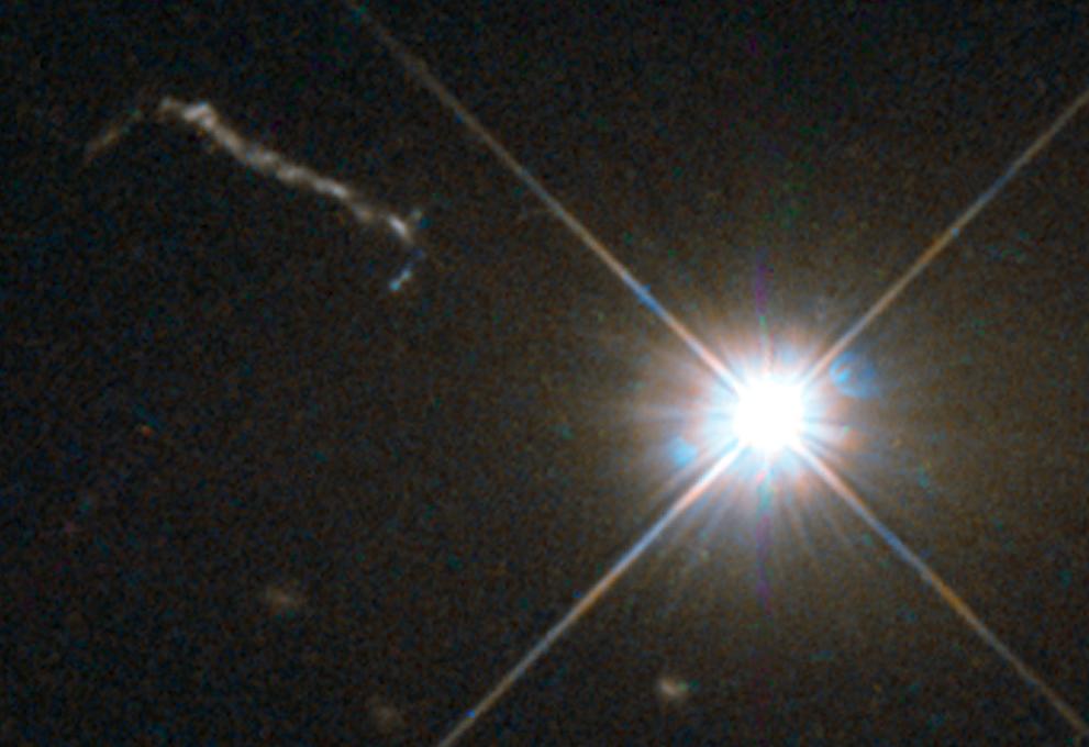 quasar_3c273_hubble_space_telescope